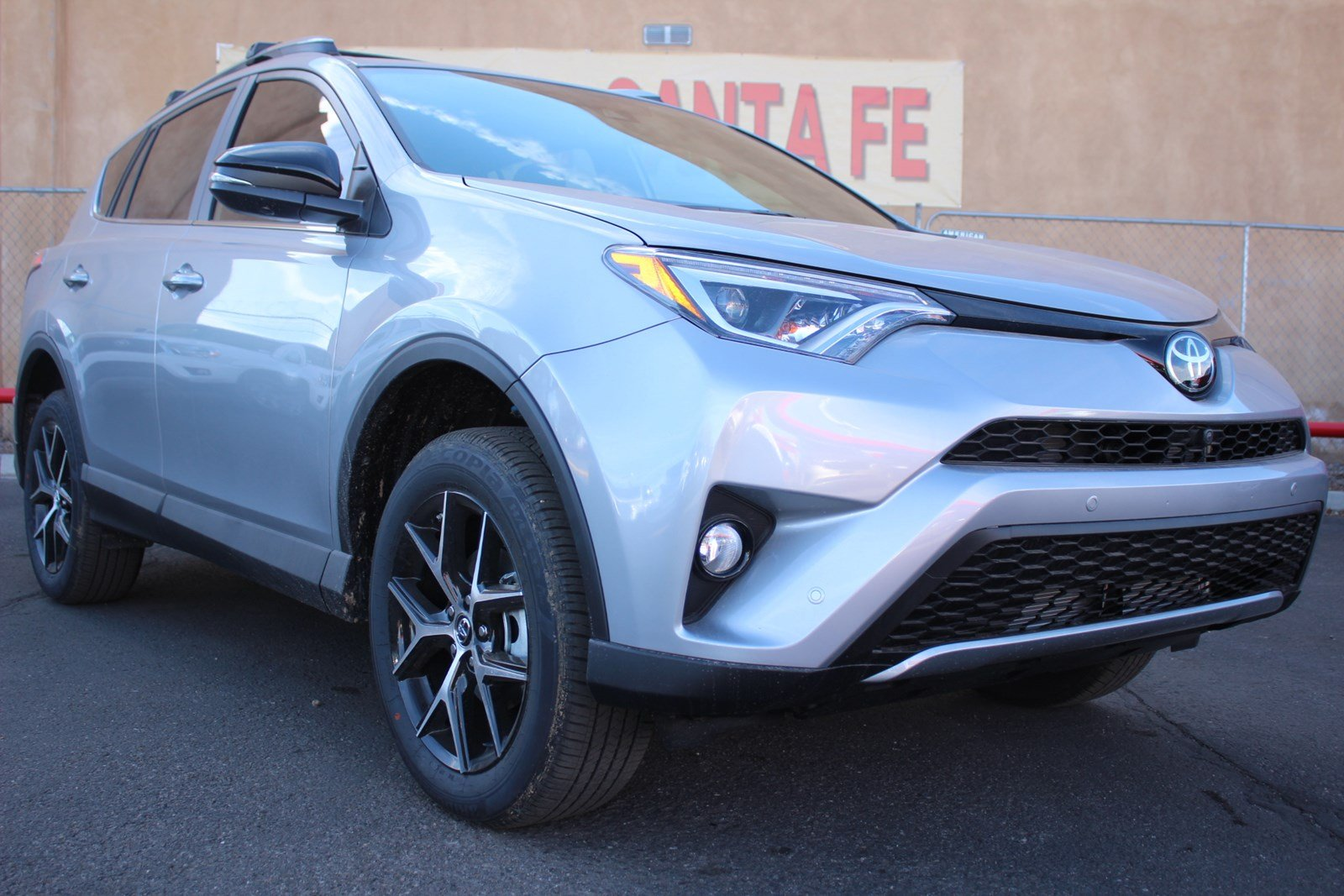new 2017 toyota rav4 se sport utility vehicle in santa fe hw593189 toyota of santa fe. Black Bedroom Furniture Sets. Home Design Ideas