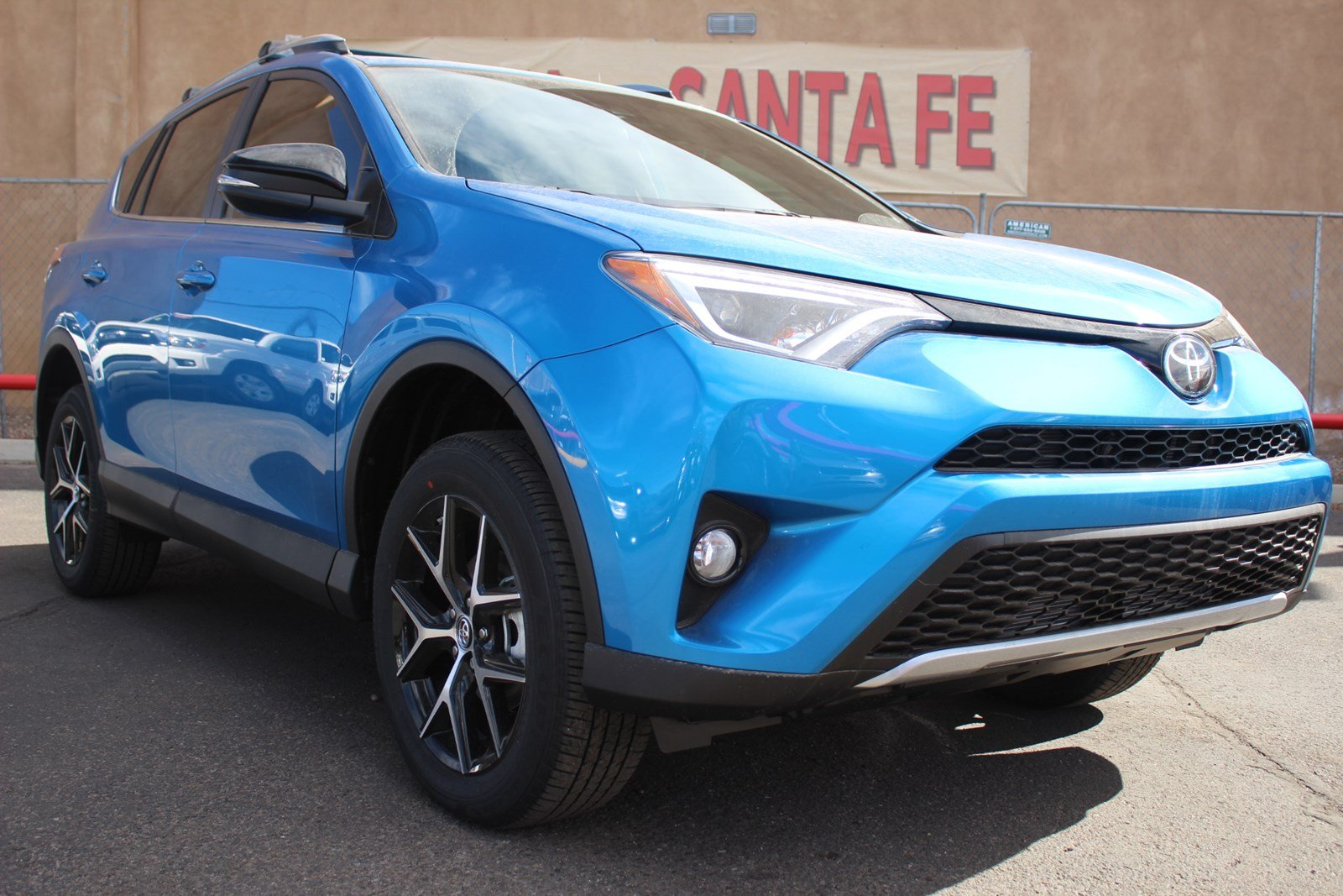 new 2017 toyota rav4 se sport utility vehicle in santa fe hw338562 toyota of santa fe. Black Bedroom Furniture Sets. Home Design Ideas
